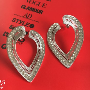 The Amber stud silver earrings
