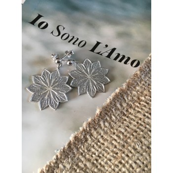 The Lily in White silver earrings