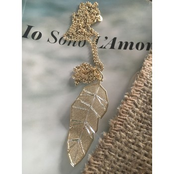 The Leaf in Gold silver necklace