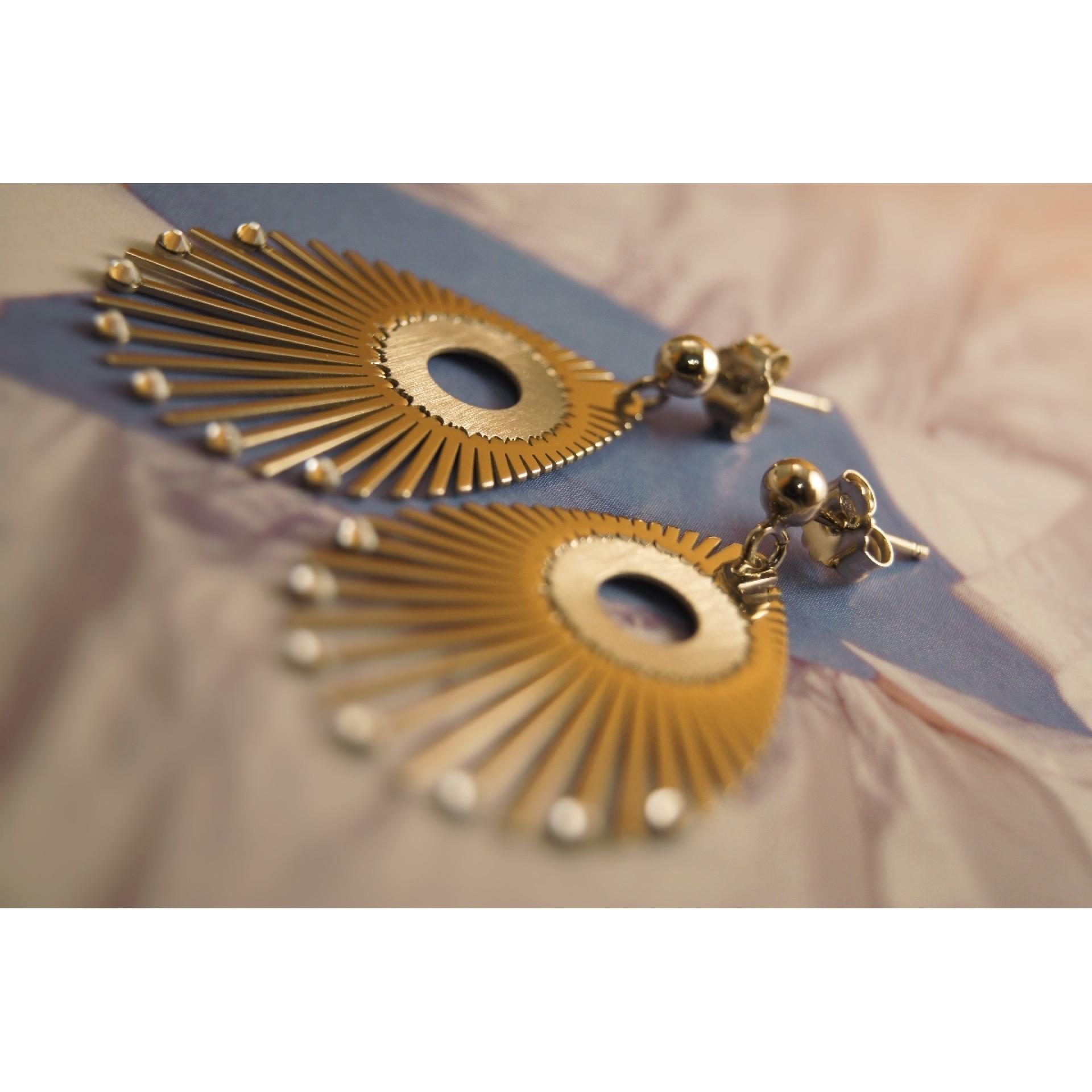 The Nymph mini in Golden Satin silver earrings