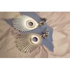The Nymph mini in Satin silver earrings