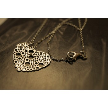 The Heart in Satin silver necklace